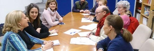 Raquel Fernández se reúne con la Federación de Asociaciones de Vecinos