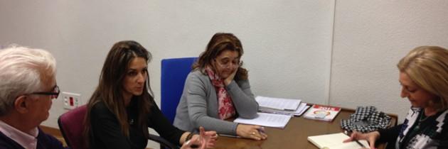 Cáritas alerta del problema de la mendicidad en las calles de Segovia en su reunión con Raquel Fernández