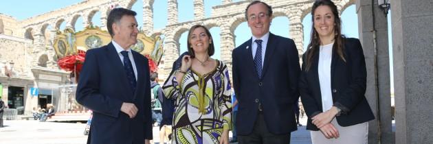 Alfonso Alonso participa en un encuentro con el Partido Popular de Segovia