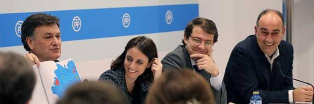 Andrea Levy y Fernández Mañueco presiden la Junta Directiva del PP