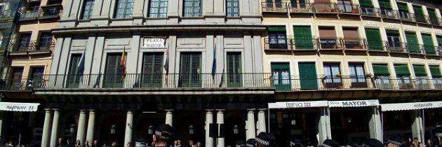 El PP en el Ayuntamiento exige a la alcaldesa Clara Luquero que cese al concejal Alfonso Reguera por su intolerable actitud con un agente de la  policía local