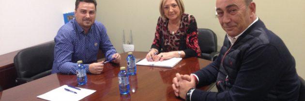 Paloma Sanz traslada la necesidad de que exista una coordinación entre el PP y las organizaciones sindicales