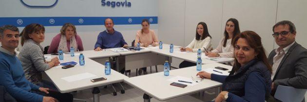 El objetivo de Paloma Sanz de acercarse a afiliados y simpatizantes comienza a hacerse realidad mediante la constitución de las Comisiones de Estudio
