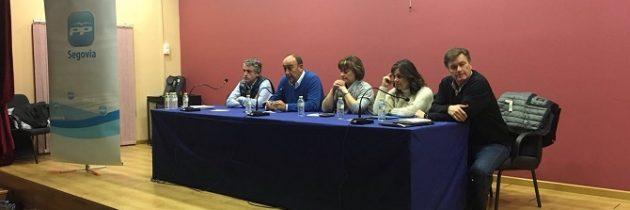El PP de Segovia inicia en Gomezserracín, la ronda de reuniones con alcaldes y concejales de la provincia