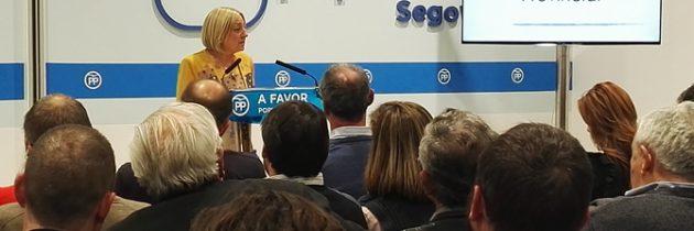 Paloma Sanz preside su primera Junta Directiva, manifestando la importancia de sacar adelante los Presupuestos para 2018