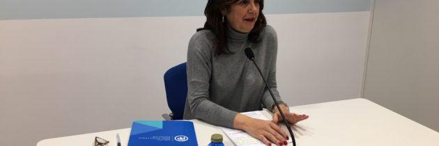 Beatriz Escudero presenta una iniciativa del PP en defensa del pequeño comercio