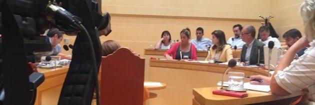Los concejales populares piden que se agilicen los trámites para ceder a la Asociación de Alzhéimer la parcela municipal en donde se ubicará el centro de día