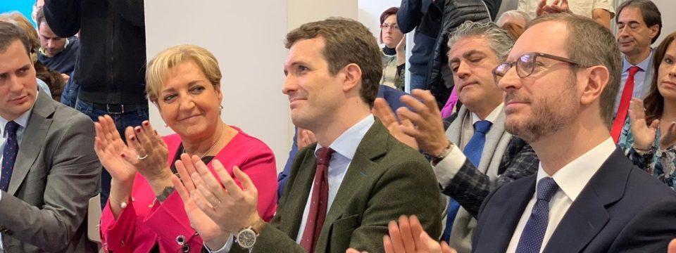 Pablo Casado apoya el tejido industrial y empresarias de Segovia
