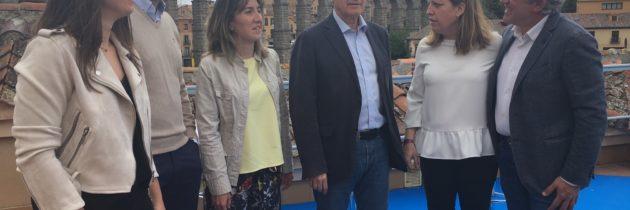 Francisco Vázquez apuesta por defender los intereses de la provincia en las  Cortes desde la territorialidad y la  municipalización