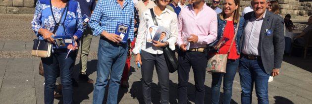 Isabel García Tejerina apoya las candidaturas de Francisco Vázquez y Pablo Pérez abogando por la confianza en el compromiso del Partido Popular