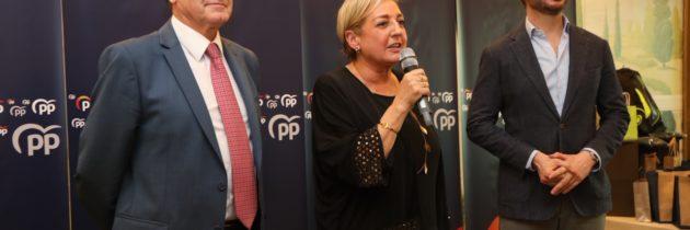 El PP celebra la comida de Navidad recordando a los alcaldes y concejales que han fallecido en el último año