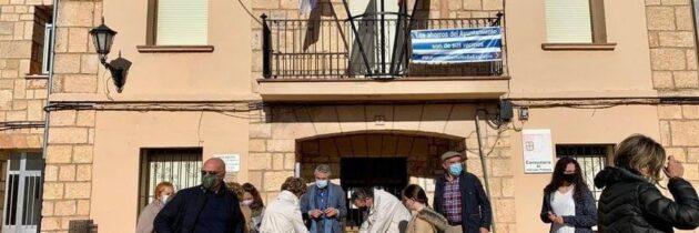 El PP recoge más de 2.000 firmas contra la Ley Celaá
