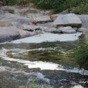 El PP en el Ayuntamiento pide que se investigue el origen del mal olor y la espuma en el río Eresma a su paso por la fábrica de Borra.