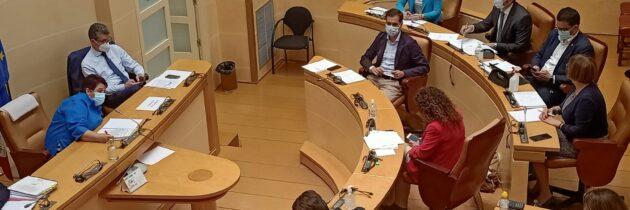 El PP municipal mantiene su postura y pide una agenda de reuniones para evitar que la mesa de la estación de autobuses se quede en una foto del PSOE