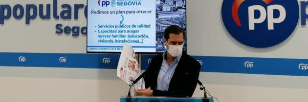 Pablo Pérez insta al PSOE a tomarse en serio el trabajo por la unidad militar y pide que abandonen la confrontación con otras instituciones por el futuro de la ciudad